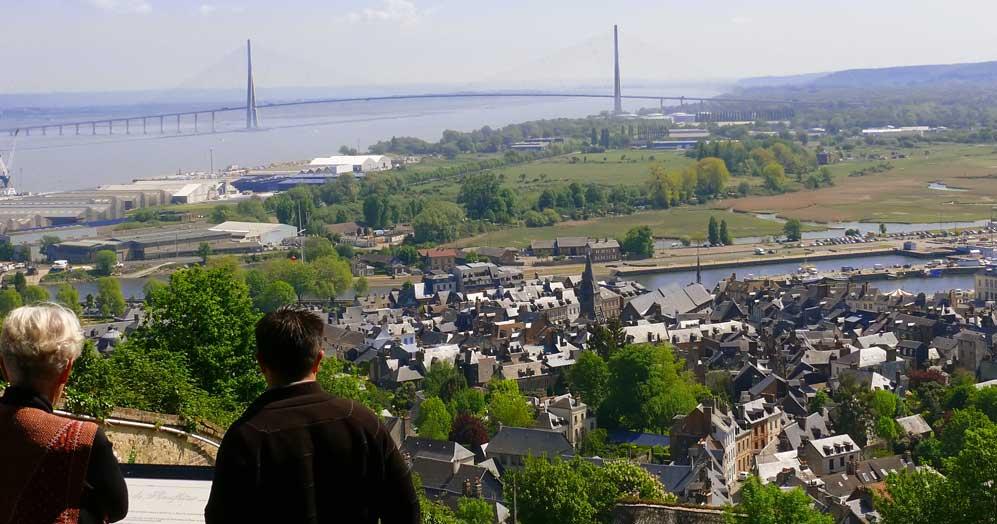 Vue sur le pont de Normandie